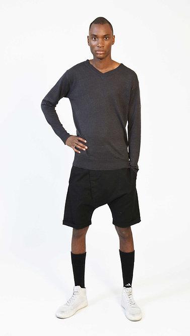 SHOP THE LOOK - Linen Sweater / Linen Shorts / Boxer