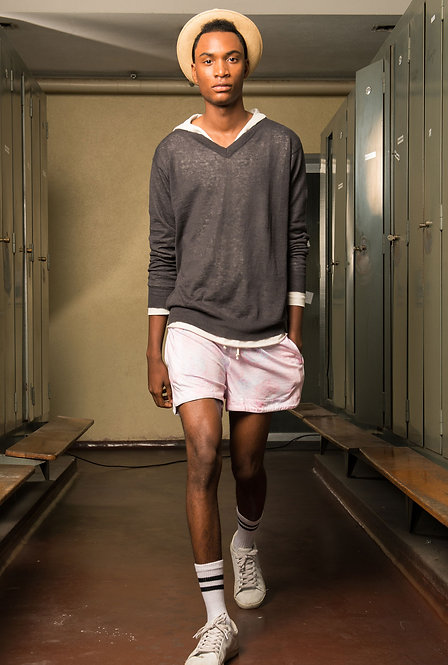 SHOP THE LOOK - Linen Sweater / Surfer Hoodie / Floral Shorts