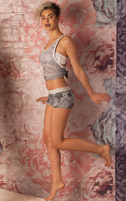SHOP THE LOOK - Tank Top / Gray Floral Panties