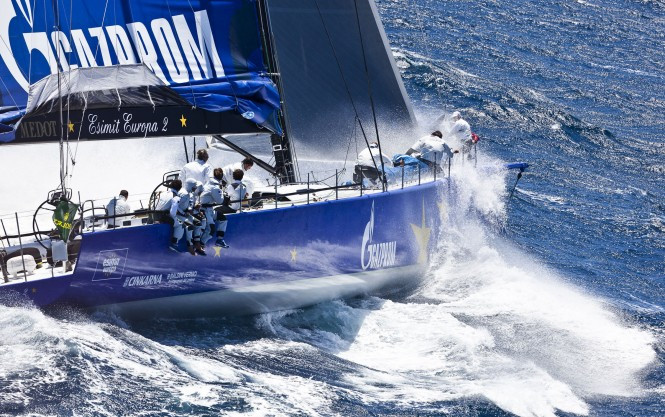 100ft-luxury-yacht-Esimit-Europa-2-competing-in-the-2012-Giraglia-Rolex-Cup-Cred