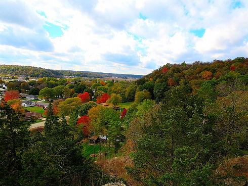 Driftless_Area_During_Autumn_-_panoramio