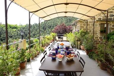 La_bastide_d-aguyane_terrasse_386x258.jp