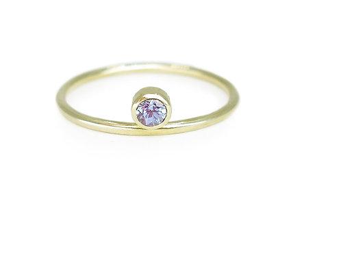 Equilibrium - 18k yellow gold and alexandrite - Art Deco minimalist ring