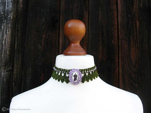 Grand Grape » Silver and Linen Collar