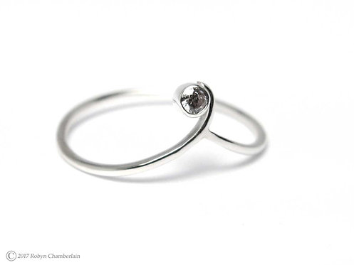 Off-Center CZ » Sterling-Silber und Cubic Zirkonia Ring