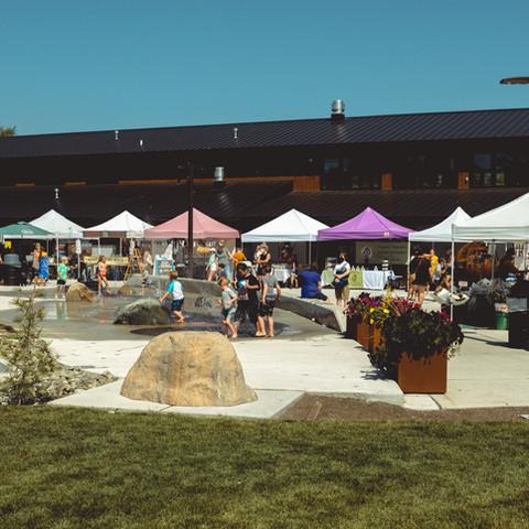 LS Farmer's Market-34.jpg
