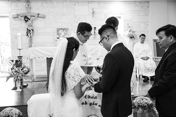 VP190831 Cara & Tu Le Wedding_7.jpg