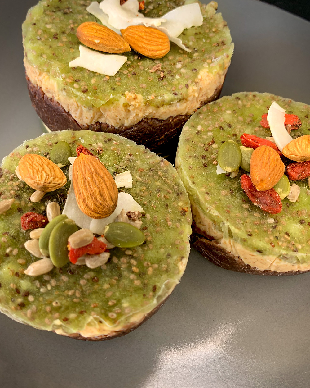Tarta cruda con mermelada - Nutricionista Online Karina Herrera