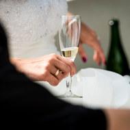 Champagne na de ceremonie, trouwen, bruiloft in Maarssen