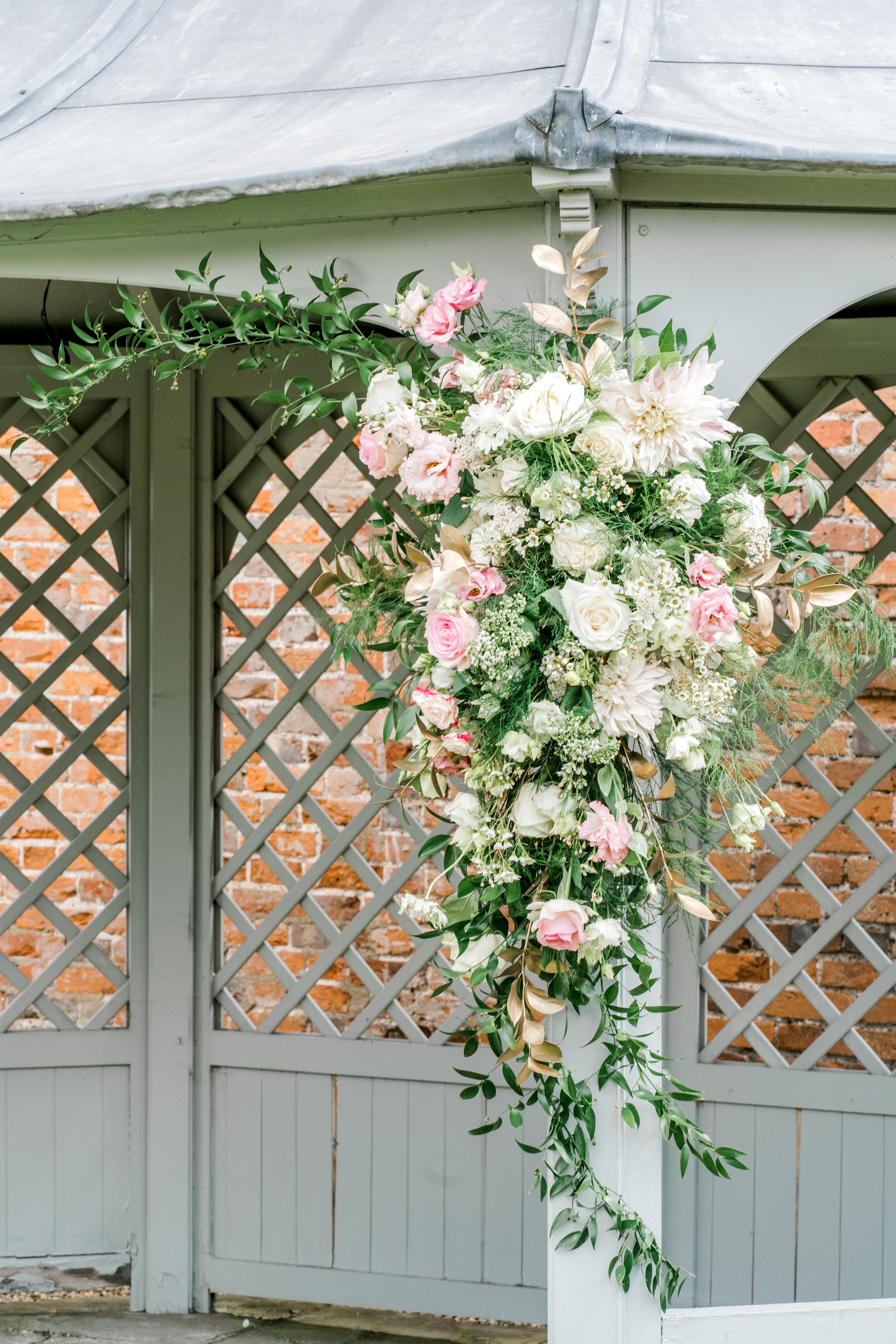 Pergola Florals