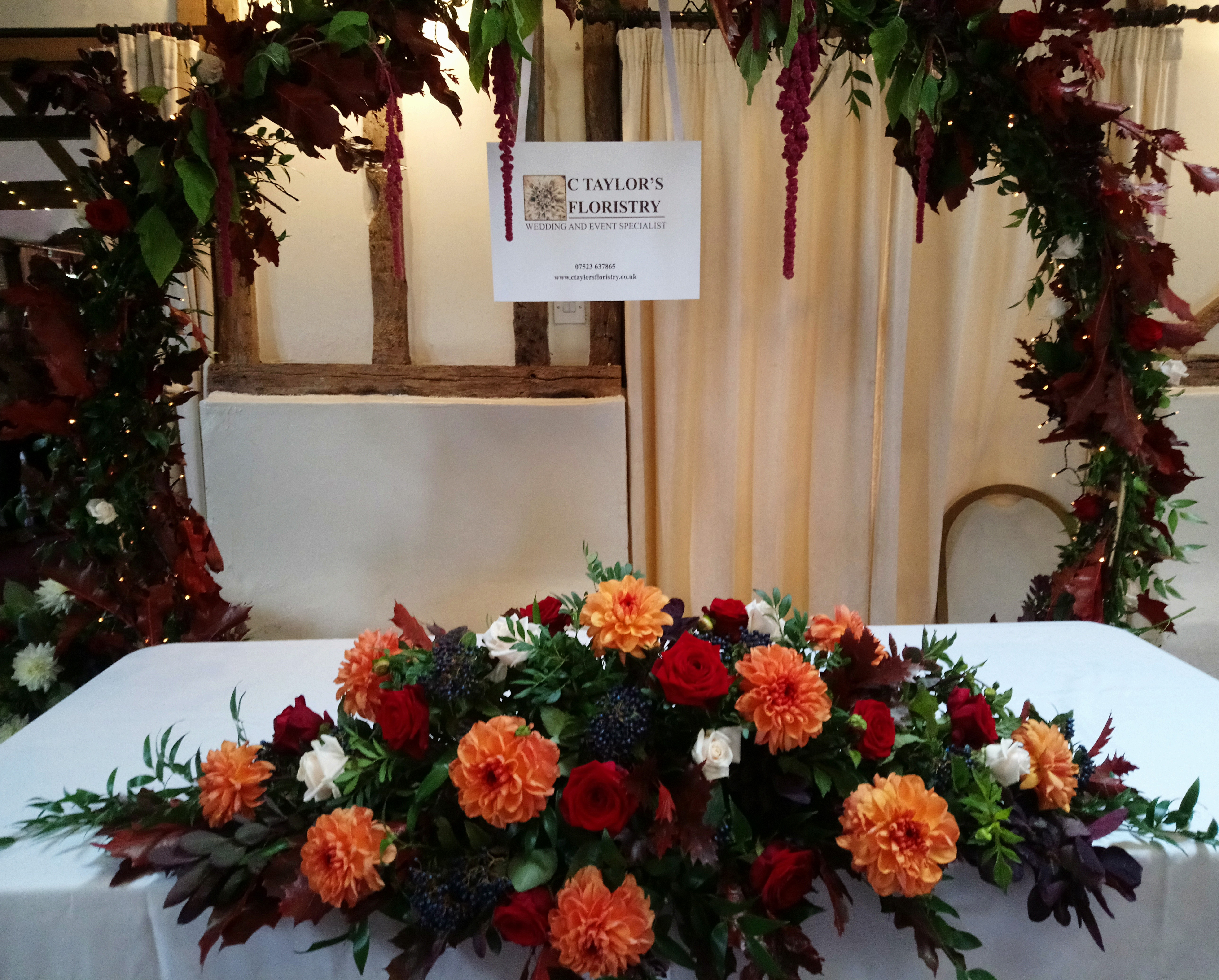 Top Table Arrangement with Moongate