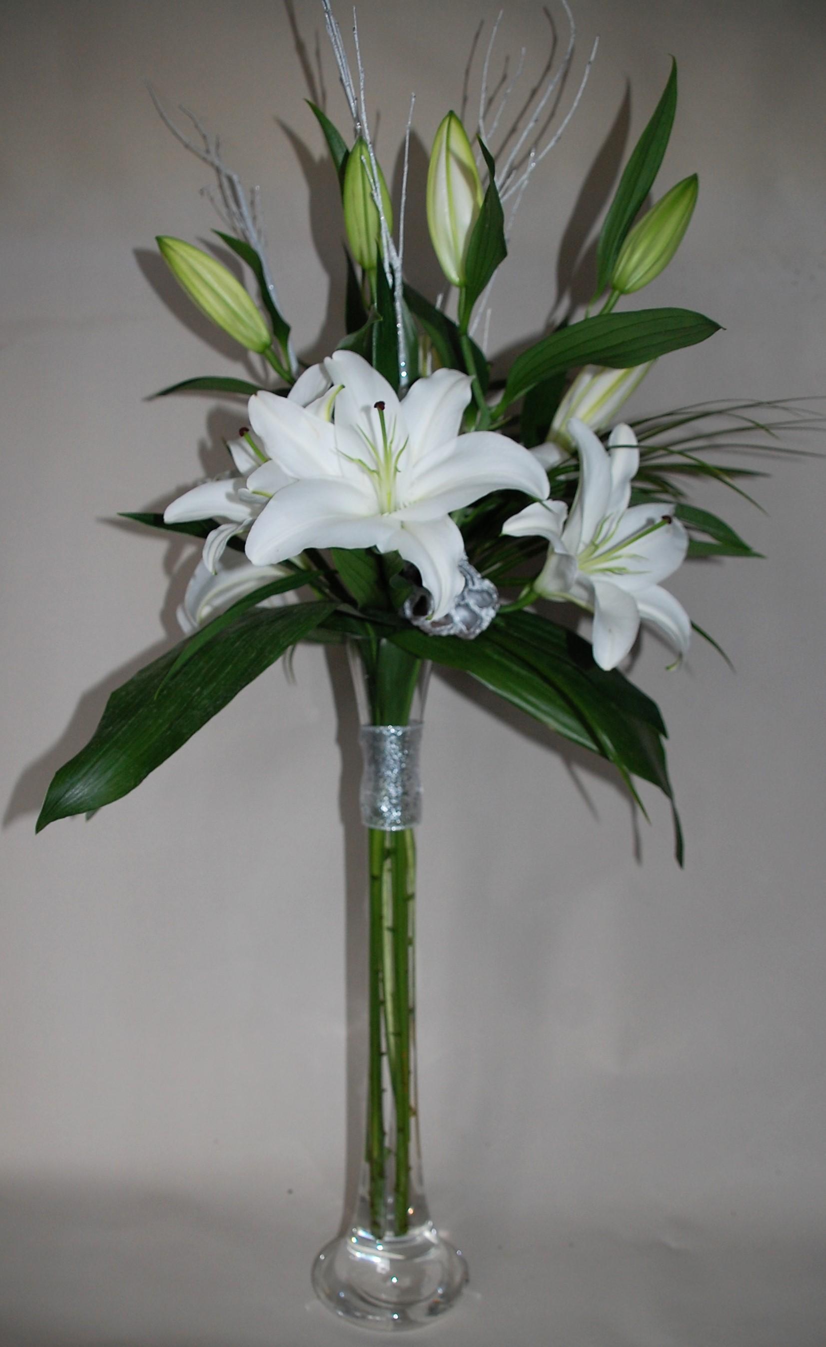 Design 1 Lily Vase