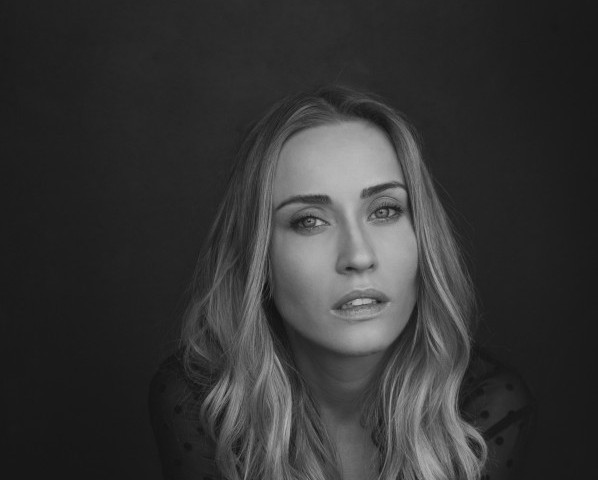Nicole  O'Neill