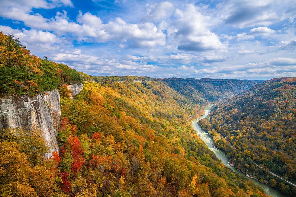 new-river-gorge-west-virginia-usa-2021-04-05-04-36-40-utc-min.jpg