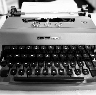 Vintage Typewriters (in cases)