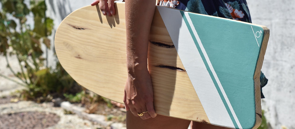 Bras portant une indoboard