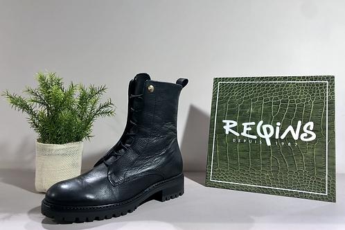 "Boots ""REQINS"""