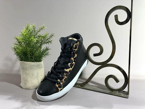 "Sneakers ""ONE STEP"""