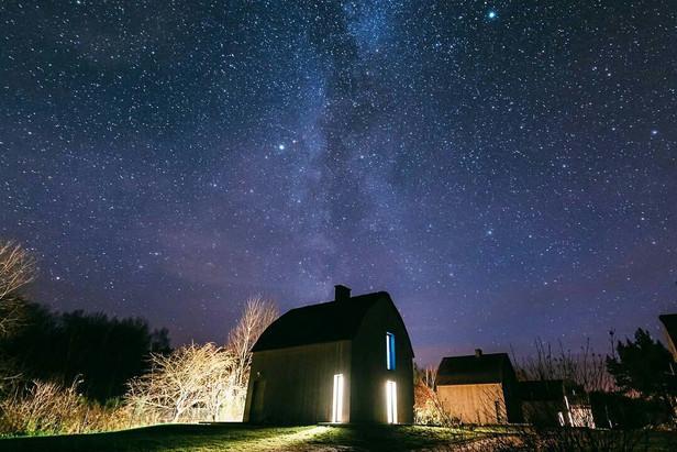 ...zobaczysz jak jasno świecą gwiazdy...