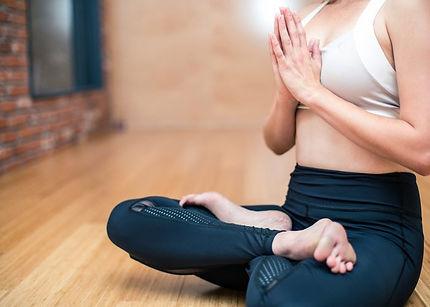 yoga-3053488_1280-700x500.jpg