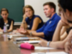 Jauno vadītāju klubs, Jauno vadītāju kluba tikšanās, vadītāju tikšanās, biznesa brokastis, vadītāju attīstība, vadītāju kursi, līderība, vadības kursi