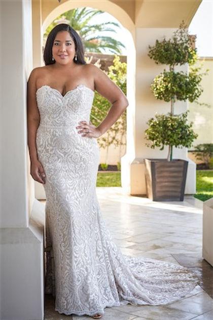 bridal-dresses-F221065N-F_xs.jpg