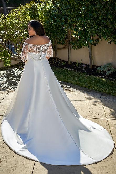 bridal-dresses-F221057N-B.jpg