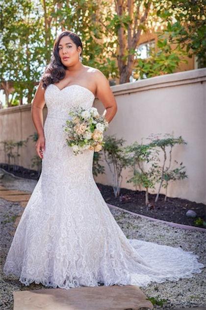 bridal-dresses-T222059N-F_xs.jpg