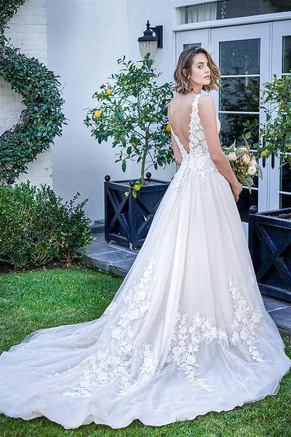 bridal-dresses-F221068-B.jpg