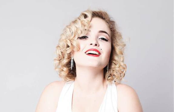 """[AGENDA] Estreia """"Marilyn Monroe.doc"""" no Teatro Nossa Senhora das Dores!"""
