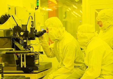 Smoltek_MC2-05-techteam.jpg