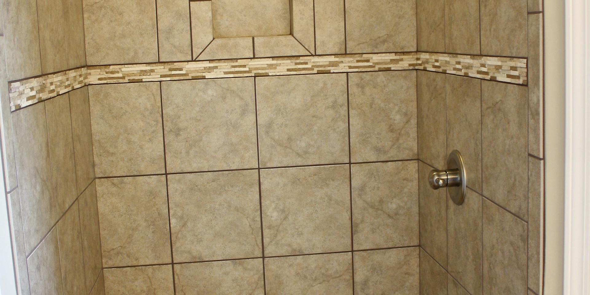 Master Shower (290TE)