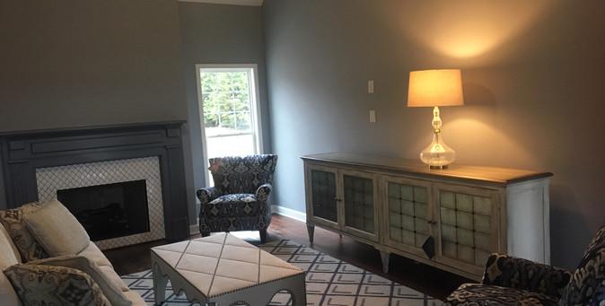 Living Room - 415TE.JPG