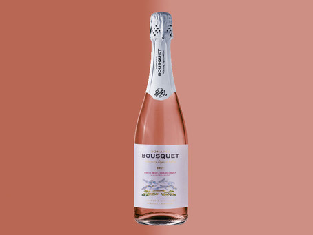 Domaine Bousquet Brut Rosé, distinguido por Wine Enthusiast