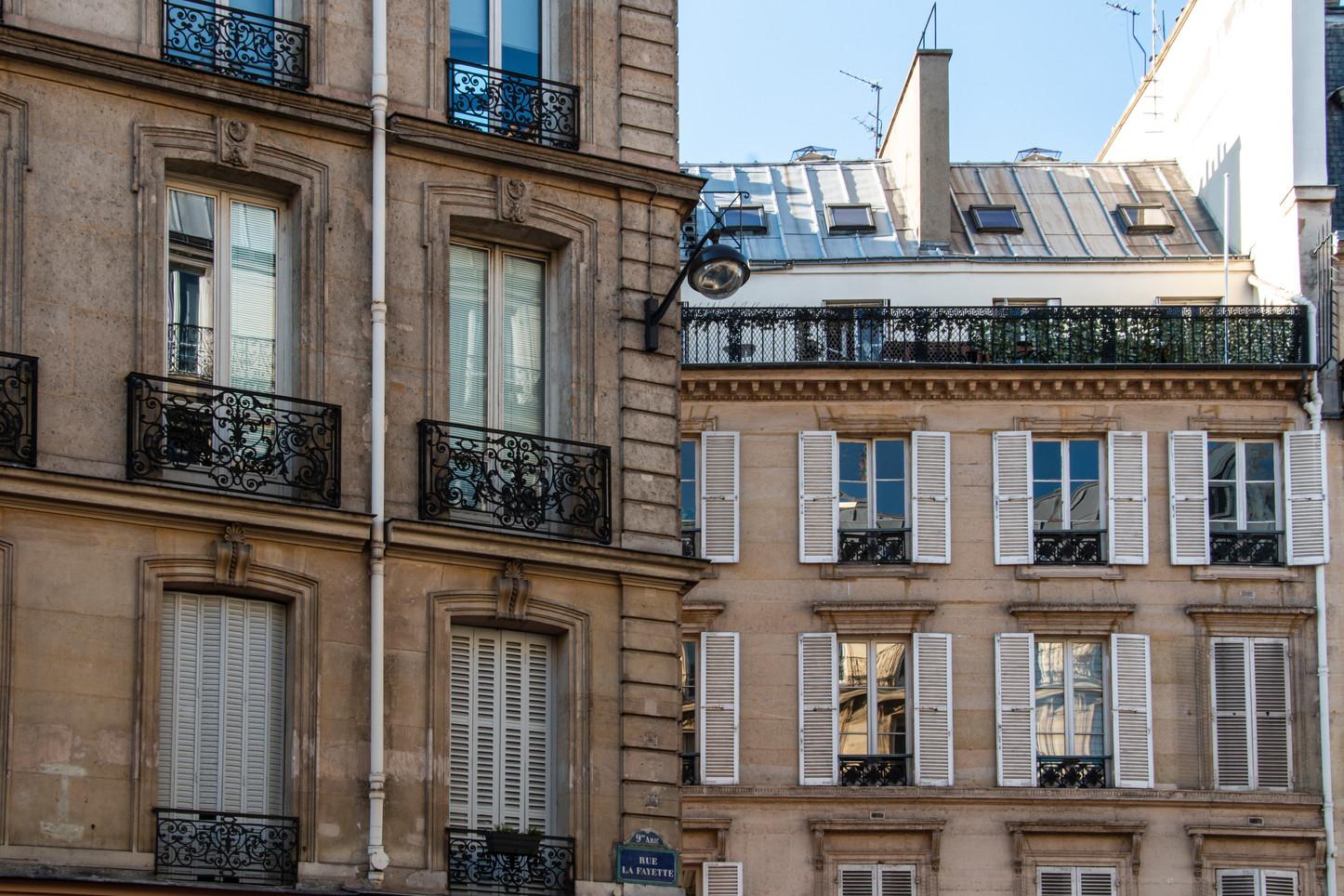 Rue La Fayette. Paris