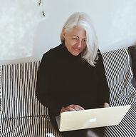 Ich schreibe sehr gerne. Die Blogs beleben mich und ich freue mich, meine Coaching-erfahrungen mit euch zu teilen. Life& Focusing Coach, Düsseldorf, Birgit Kersting