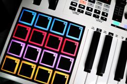 Mic Delgado Music Production Gears
