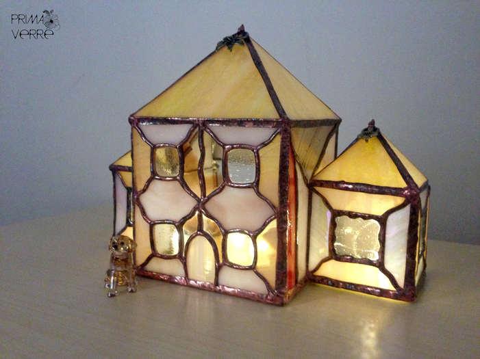 """Maison des Princesses Caramel"""