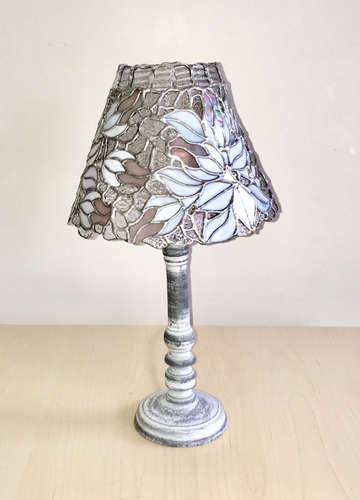 Lamp Frozen Roses without light.jpg