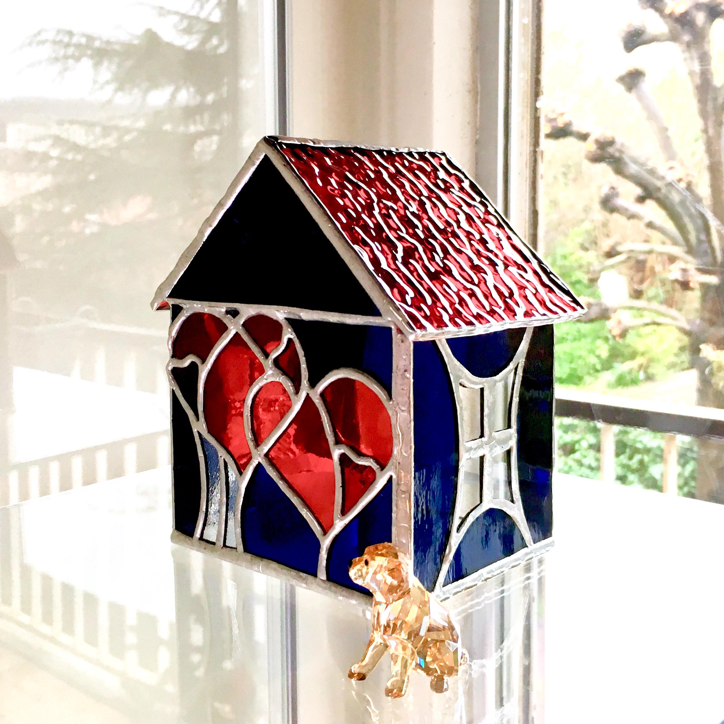 """Magic House """"5 hearts"""""""