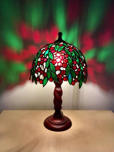 Лампа Вишня со светом.jpg
