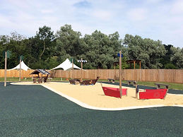 Beale-park-sandpit1.jpg