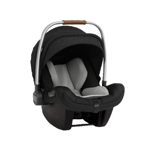 Nuna Pipa Next iSize Car Seat Plus Isofix Base