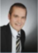 SimonSchneider_Bewerbungsfoto.PNG