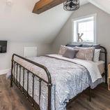 home channel bedrooms-28.JPG