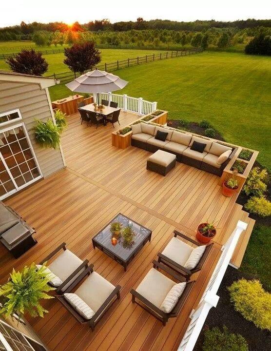 Deck image via Banidea