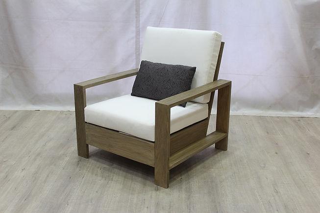 Havana LC w Cushion (2).JPG