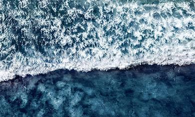vague à l'ile de ré - guillaume labussiere  photographe