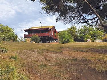 De Hut Cabin.jpg