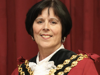 Oldham Mayor Pays Emotional Tribute to Emergency Services